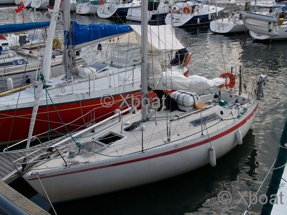 Sailboat BENETEAU - FIRST 30 - Used Sailboat Advert for sale from