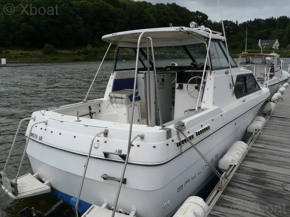 motorboat bayliner bayliner 2452 classic used motorboat advert rh xboat uk Bayliner 2452 Classic Bayliner 2452 Interior