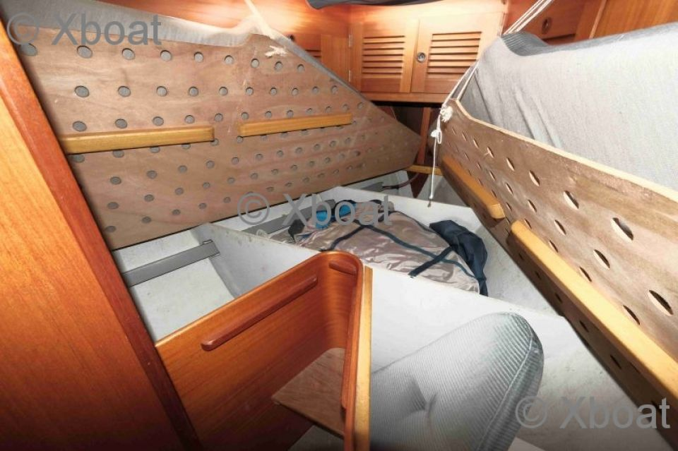 Sailboat HALLBERG RASSY - HALLBERG RASSY 39 - Used Sailboat Advert